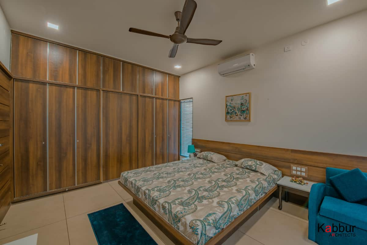 View of the guest bedroom <br> photographs: Deepak Sondur photography